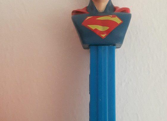 PEZ dispenser Superman