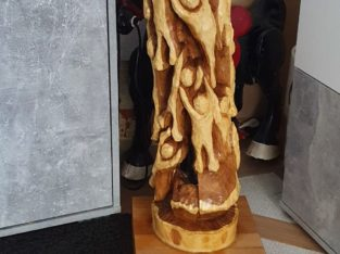 Wooden sculpture – Holzskulptur