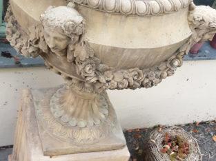 planter amphora