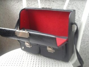 Cameras / photo bags from the 70s / 80s – Fotoapparate/Fototasche aus den 70er/80er Jahren
