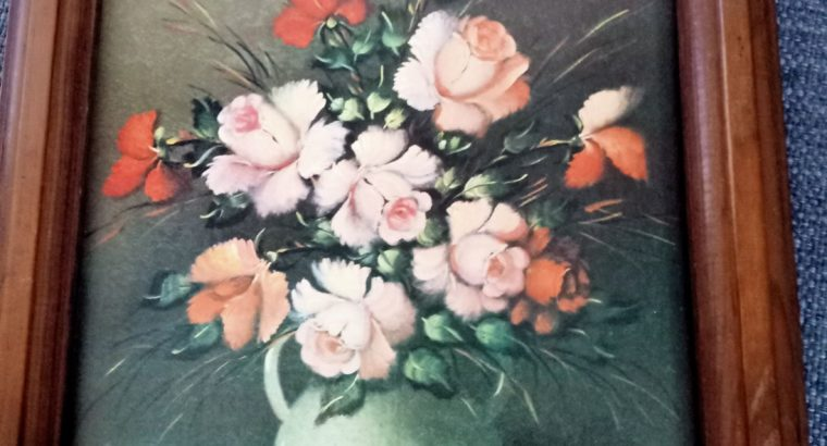 Vase mit Schnittrosen