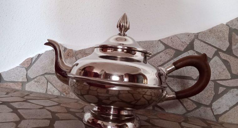 Metal jug silver-colored – Metallkanne silberfarben