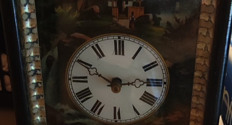 Old wall clock – Alte Wanduhr