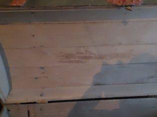 old wooden chests 2 alte Holztruhen